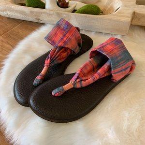 Sanuk yoga sling sandals. Great condition
